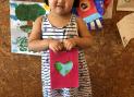 Мана и её открытка в День Земли